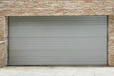 Les portes de garage en aluminium : guide pratique